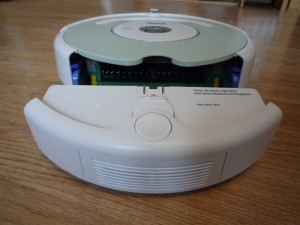 Roomba 505 with bin removed